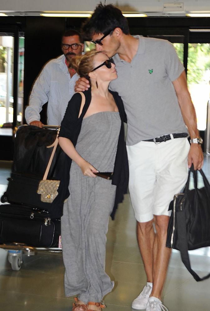 Différences de taille au sein du couple Kylie Minogue et Andrès Velencoso : 32 cm
