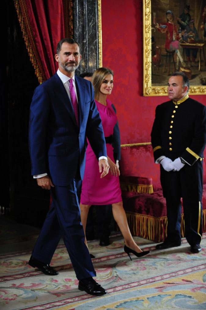 Photos : Letizia d'Espagne : Felipe assorti à sa reine, sublime en rose !