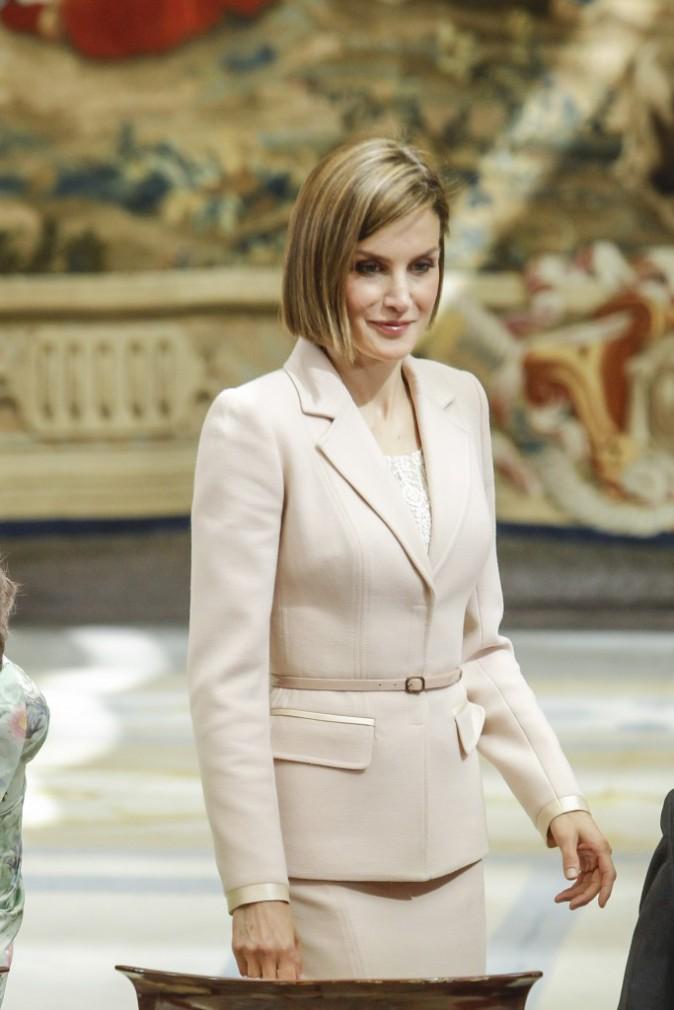 Photos : Letizia d'Espagne : pas besoin de Felipe pour assurer aux côtés de belle-maman !