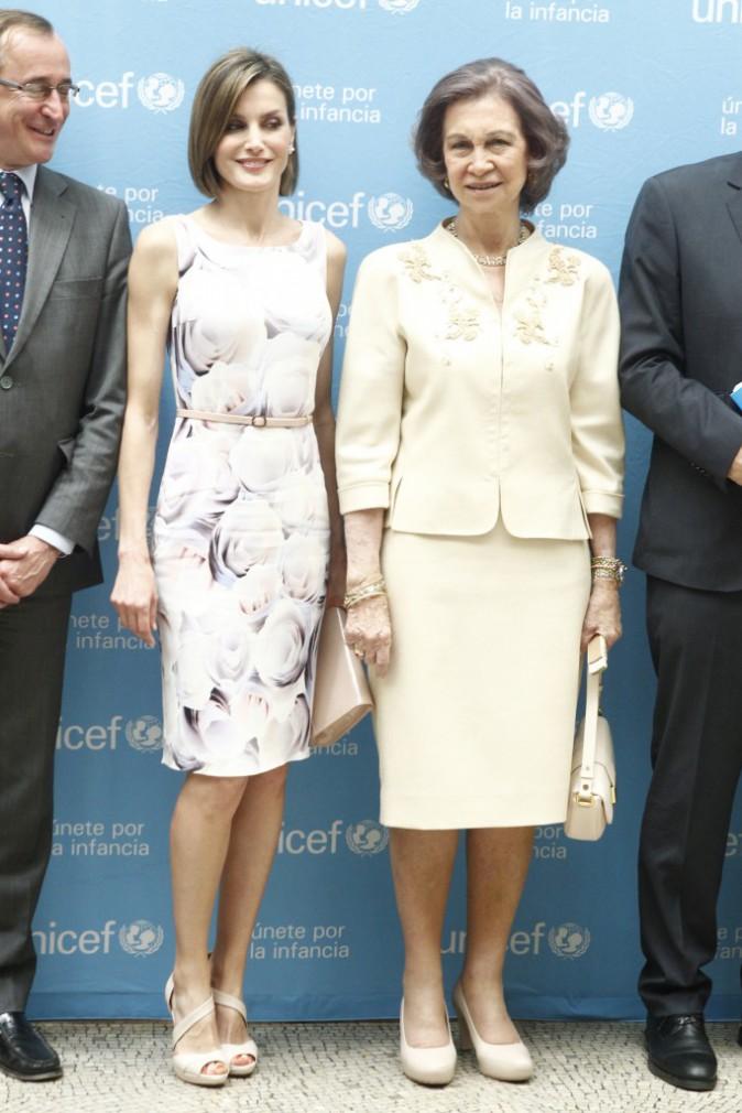 Photos : Letizia d'Espagne : radieuse pour remettre un prix à la reine Sofia !