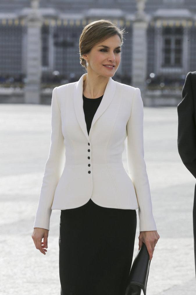 Photos : Letizia d'Espagne sait mixer style et élégance, la preuve !