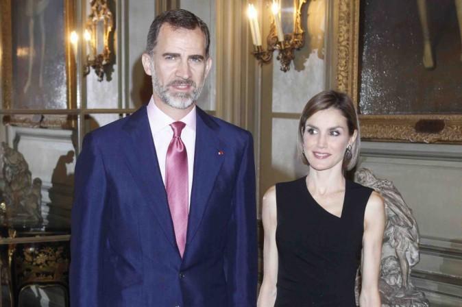 Letizia d'Espagne : toujours ravissante pour son avant dernier jour à Paris !