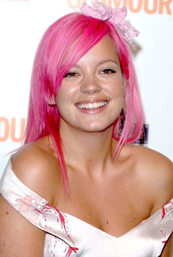 Depuis qu'elle a rencontré Sam, elle voit la vie en rose !