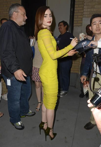 """Lily Collins en promo pour le film """"The Mortal Instruments : La Cité des ténèbres"""" à New York, le 5 août 2013."""