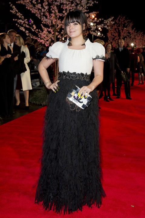 Lily Cooper à l'avant-première de Saving Mr Banks à Londres le 30 octobre 2013