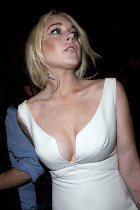 Sur ce cliché Lindsay est tout simplement magnifique. C'est le seul de la série malheureusement...