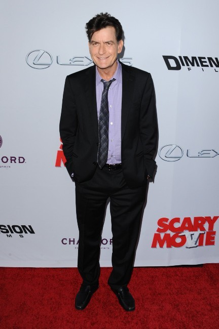 Charlie Sheen lors de la première de Scary Movie 5 à Hollywood, le 11 avril 2013.