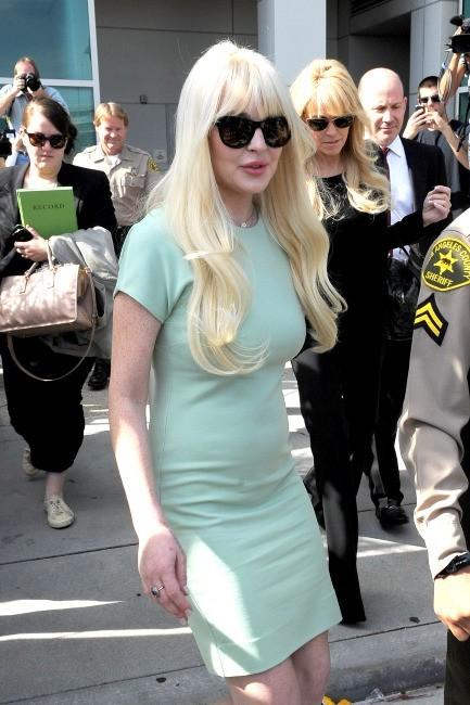 Lindsay Lohan sortant du tribunal de Los Angeles, le 22 février 2012.