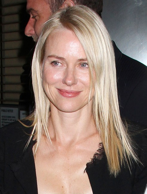 Naomi Watts lors du dîner Chanel à New York, le 24 avril 2012.