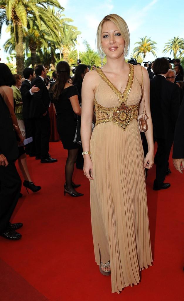 Photos : Loana en 2009 à sa montée des marches du Festival de Cannes