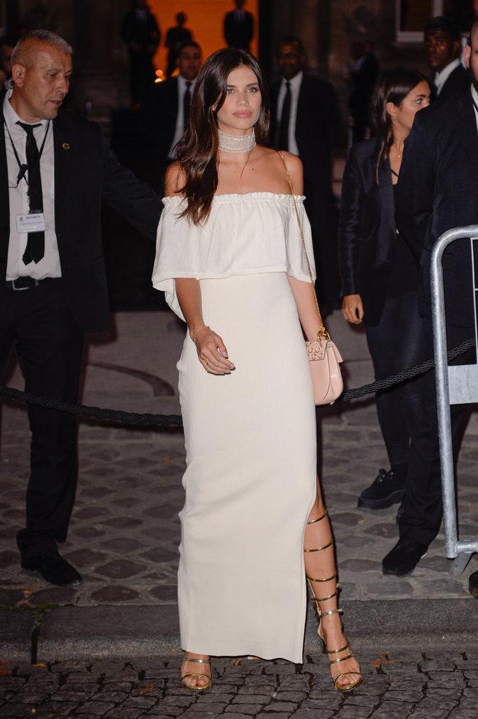 Sara Sampaio ce mercredi 28 septembre à Paris au défilé de Rihanna pour Puma