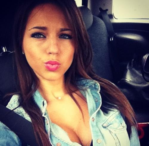 Photos : Maddy (Qui veut épouser mon fils 4) : aurait-elle fait autant de ravages en brune ?