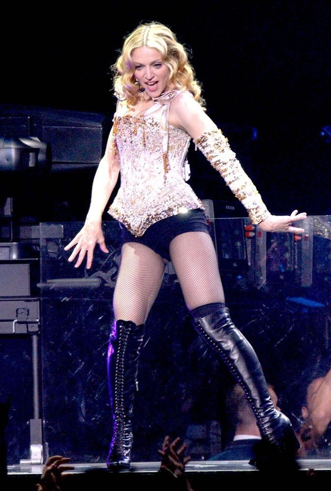 Photos : Madonna sur scène en 2004