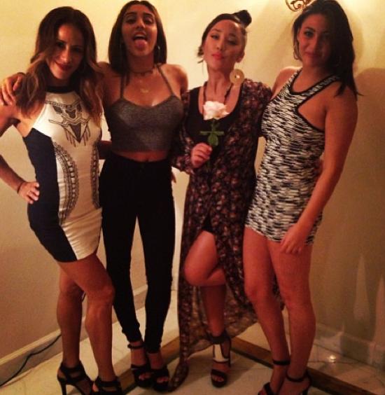 Lola et ses copines rivalisent de beauté pour une soirée huppée à Cannes !
