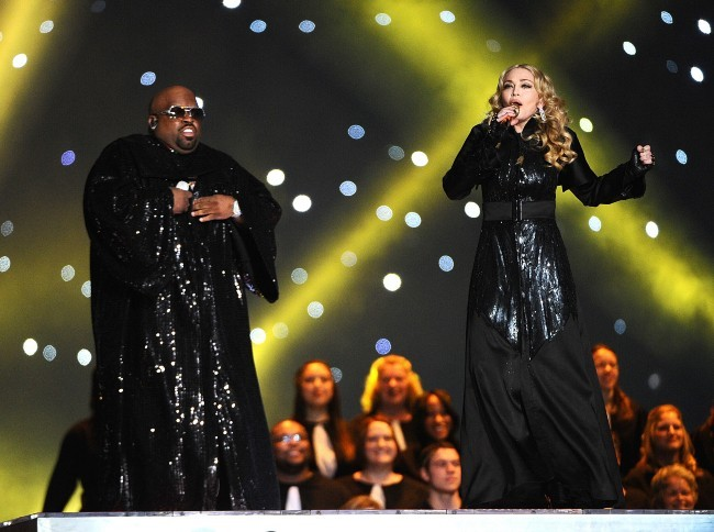 Madonna et Cee Lo Green lors de la finale du Super Bowl à Indianapolis, le 5 février 2012.