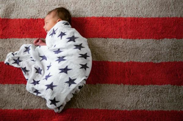 Photos : mais à qui appartient cet adorable bébé câlin ?