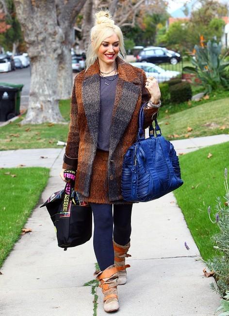 Gwen Stefani se rendant en famille chez ses parents pour Thanksgiving, le 24 novembre 2011 à Los Angeles.