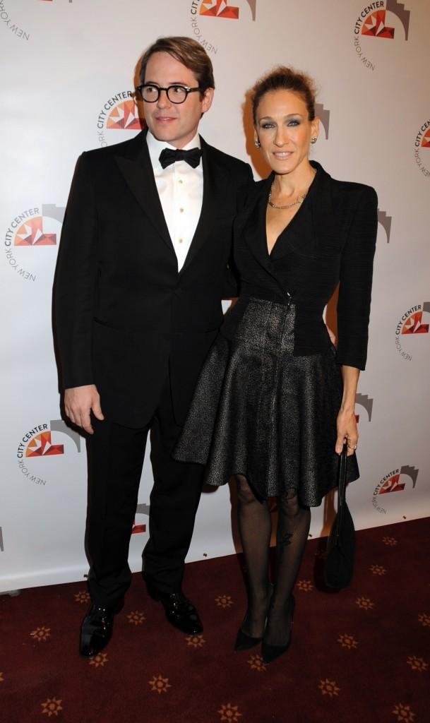 Sarah Jessica Parker et son mari Matthew Broderick lors de la soirée New York City Center Reopening-Ribbon Cutting & Performance à New York, le 25 octobre 2011.