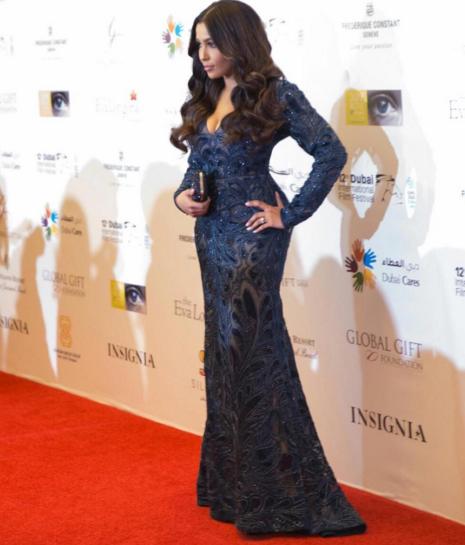 Photos : Majda Sakho : une vraie Kim Kardashian !
