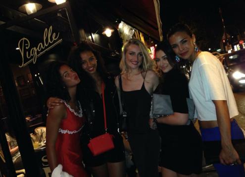 Photos : Malika Ménard : gâtée pour son anniversaire, fêté en compagnie de La Fouine et de Marine Lorphelin !