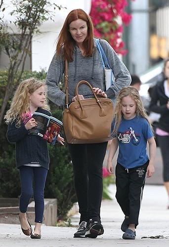 Marcia Cross et ses filles à Santa Monica le 7 mai 2013