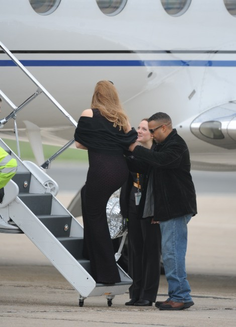 Mariah Carey à l'aéroport du Bourget, le 29 avril 2012.