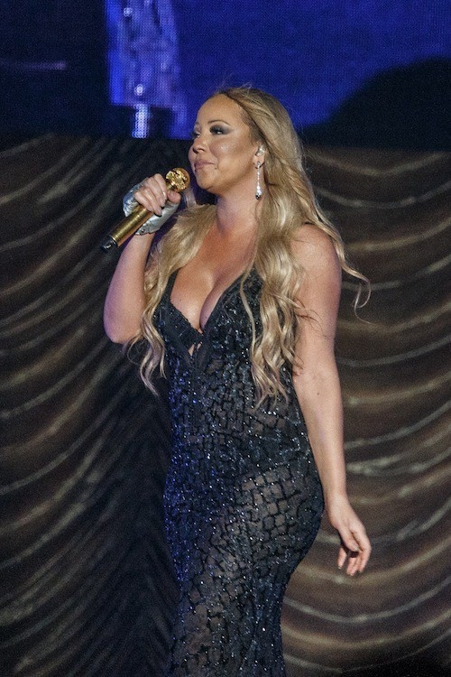 Photos : Mariah Carey : nouvelle tenue choc sur scène !