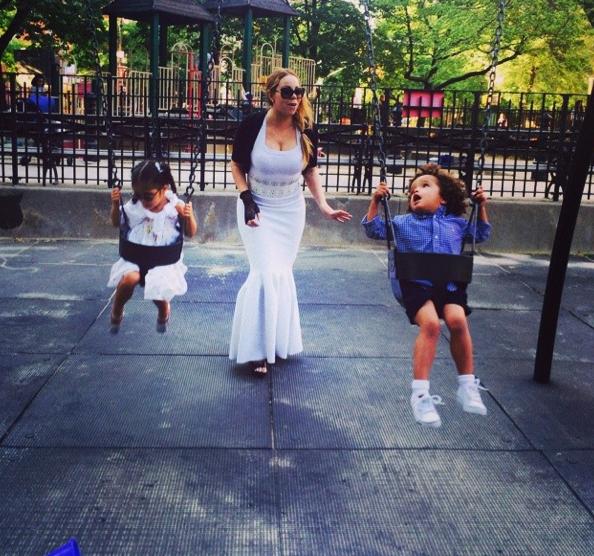Photos : Mariah Carey : un peu trop habillée pour emmener ses jumeaux au parc ?