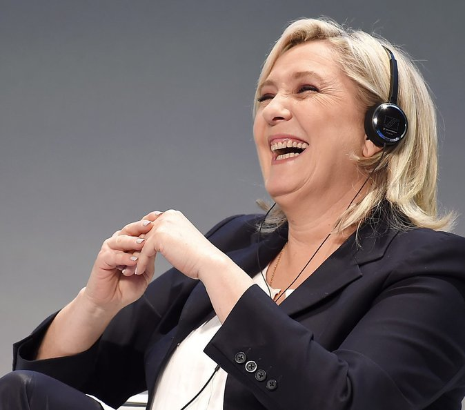 Photos: Marine Le Pen fête ses 48 ans: Retour ses plus grands dérapages !