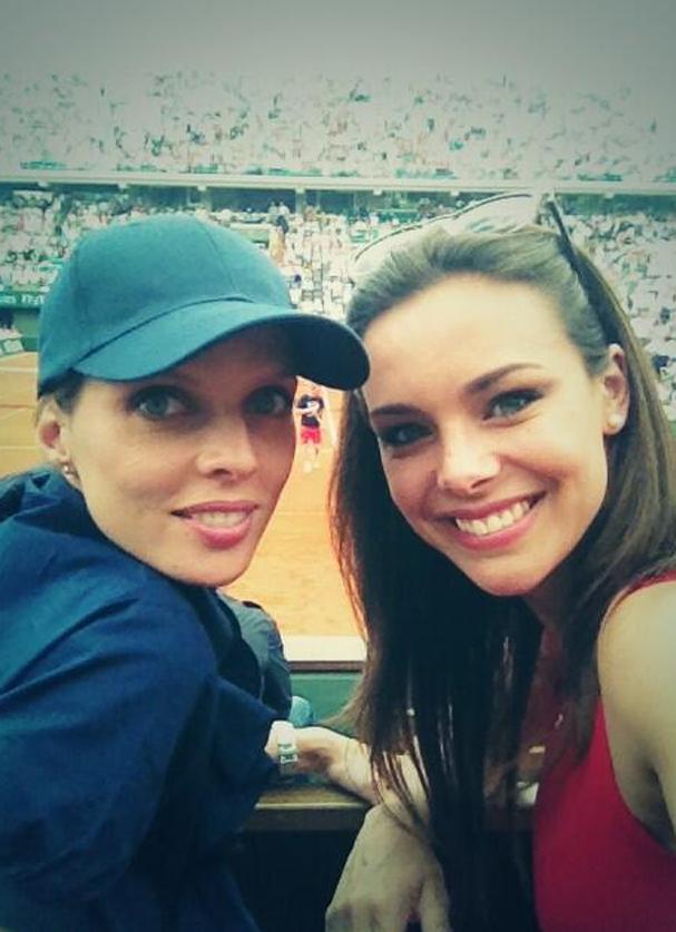 Marine Lorphelin à Roland-Garros avec Sylvie Tellier le 6 juin 2013