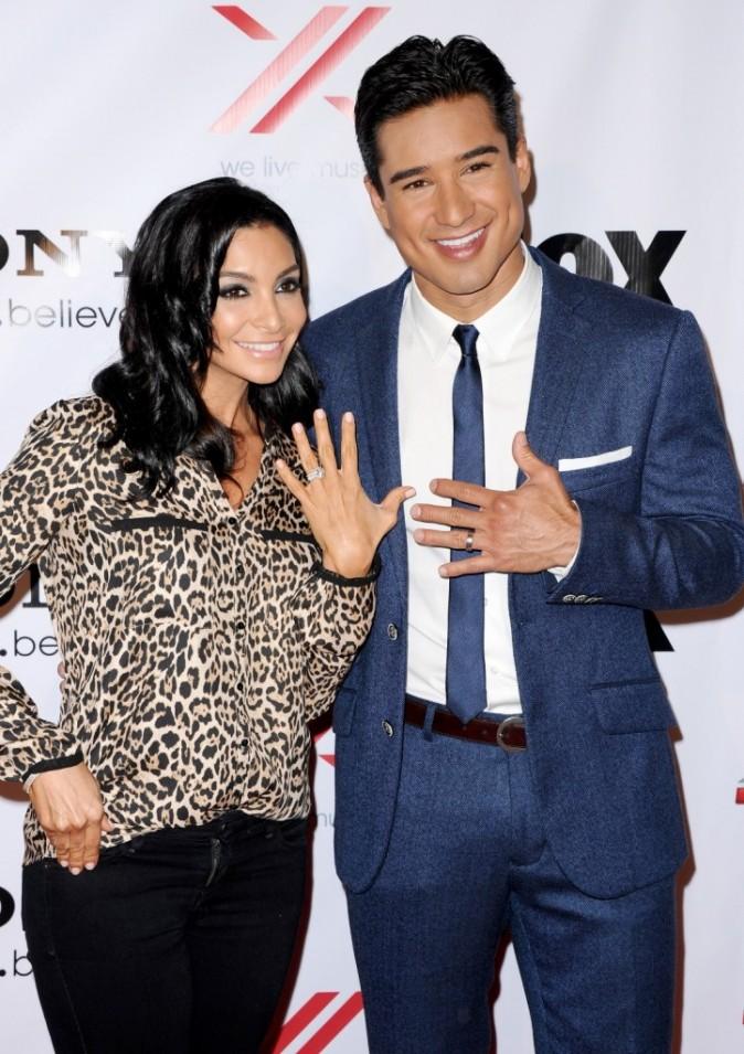 Mario Lopez et sa femme Courtney Mazza lors de la soirée X-Factor à Los Angeles, le 6 décembre 2012.