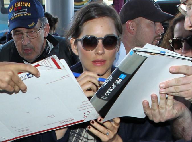 Marion Cotillard : assaillie à l'aéroport, elle reste la chouchou des Américains !