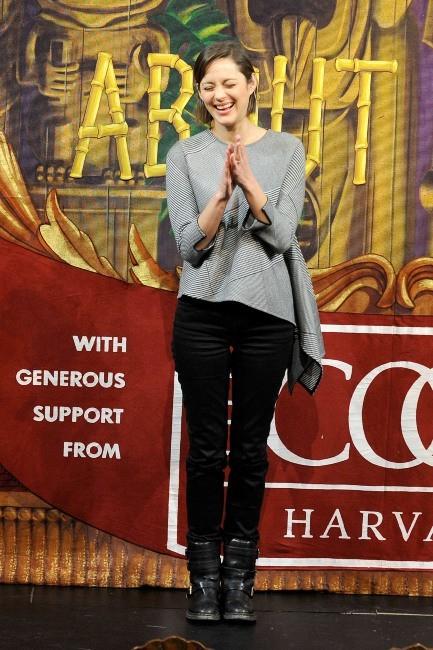Marion Cotillard le 31 janvier 2013 à l'Université d'Harvard, dans le Massachusetts