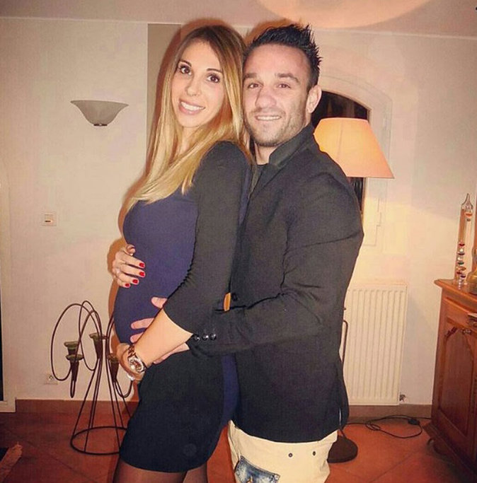 Mathieu avec Fanny, enceinte de Léa