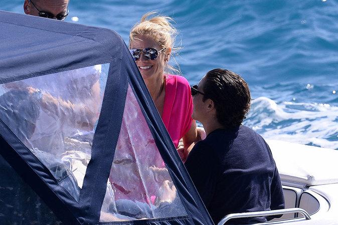 Mayday, mayday ! En perdition, Heidi Klum est sauvée des eaux par des... paparazzis !