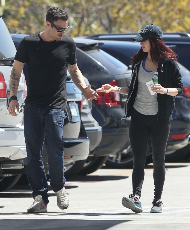 Megan Fox, décontractée pour se promener avec son mari