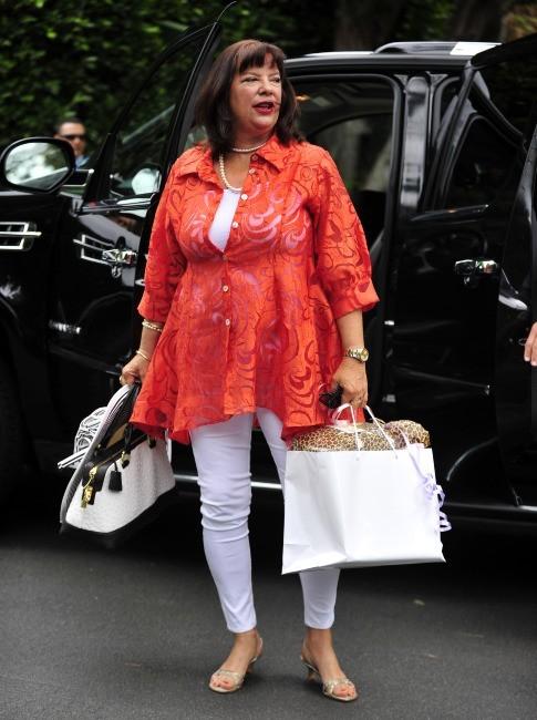 Karen Houghton, la soeur de Kris Jenner, à la baby shower de Kim Kardashian à Los Angeles, le 2 juin 2013.