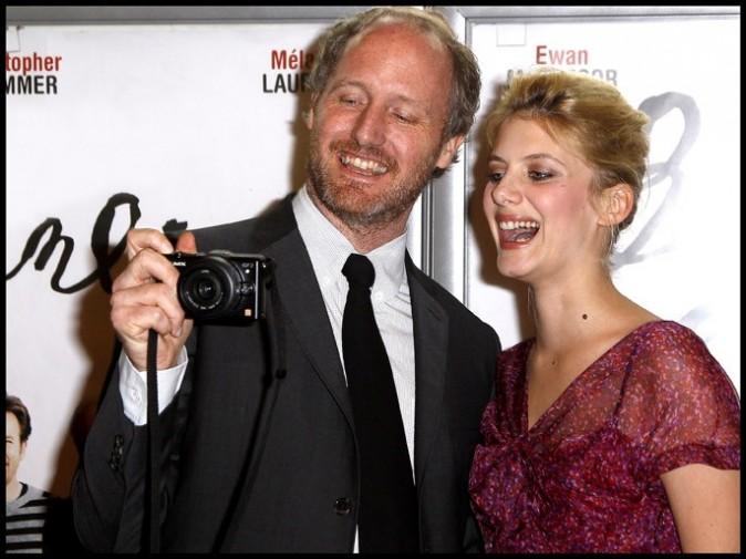 Mélanie Laurent et Mike Mills lors de la première du film Beginners, le 7 juin à Paris.