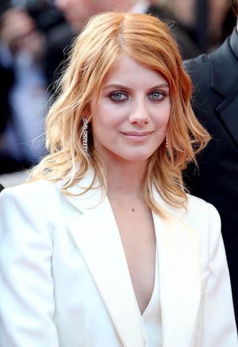 A la première d'Inglorious Basterds à Cannes, elle commence à revoir son look !