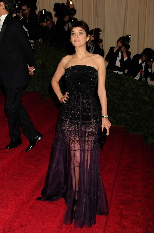 Marion Cotillard au MET Ball 2012 !