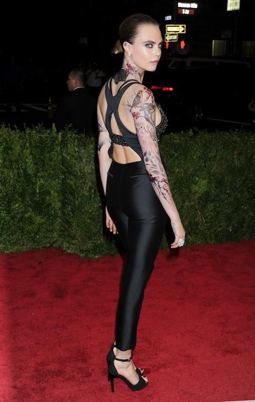 Cara Delevingne au Met Gala 2015, le 4 mai 2015