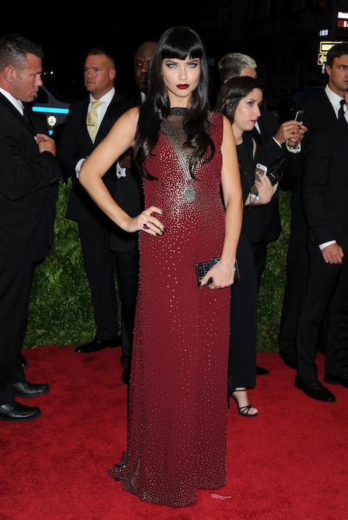Adriana Lima en Marc Jacobs au Met Gala, le 4 mai 2015