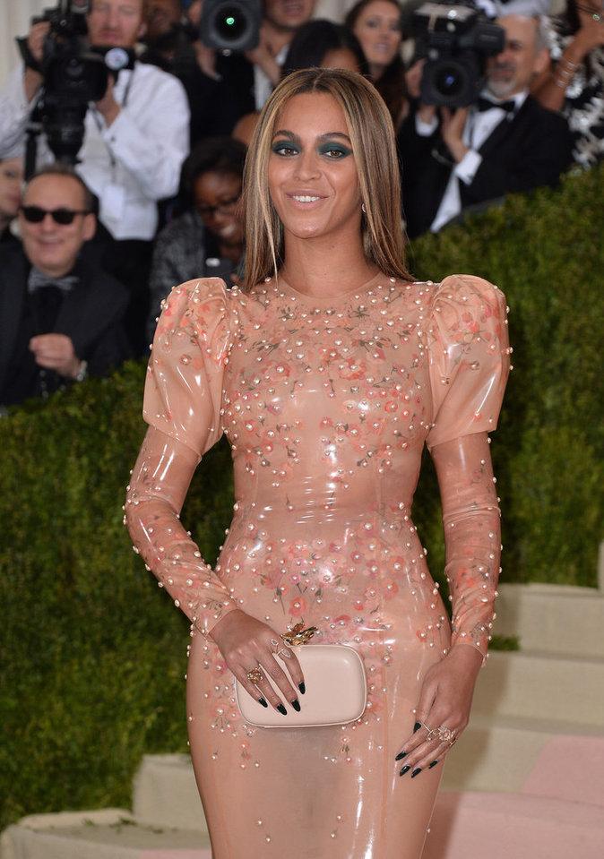 Beyoncé au gala du Met ce lundi 2 mai