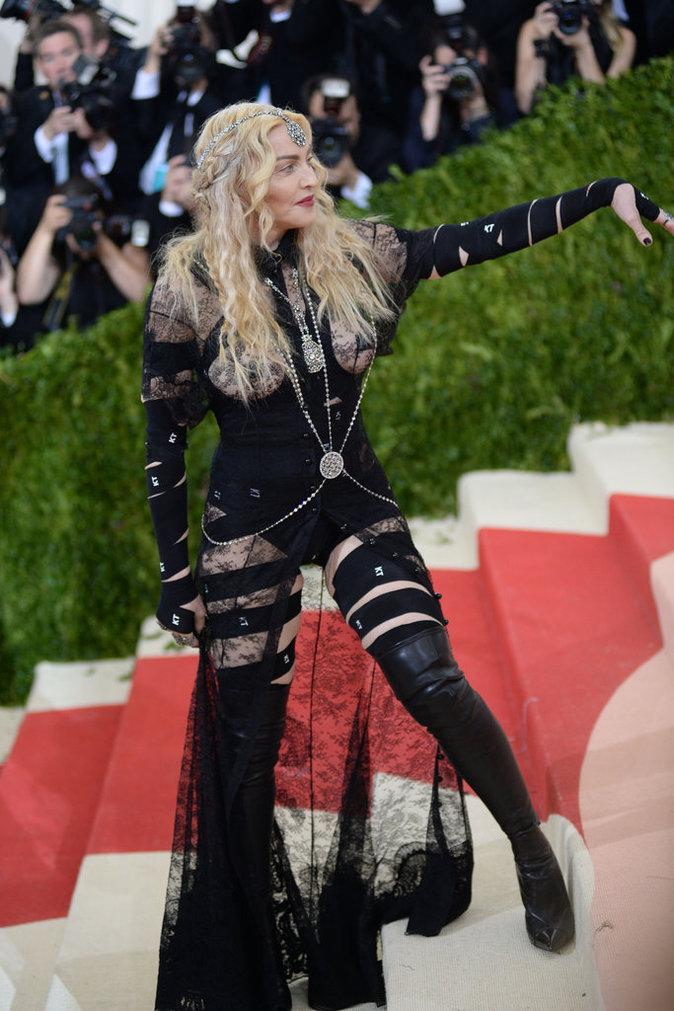 Met Gala 2016 : Madonna à New York au Metropolitan Museum of Art