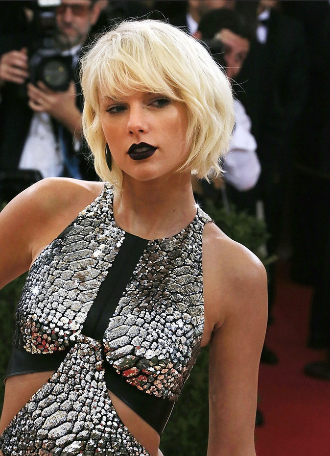 Met Gala 2016 : Taylor Swift à New York au Metropolitan Museum of Art
