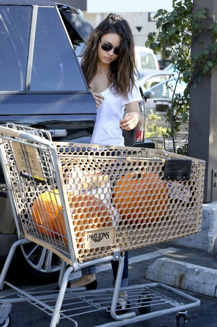 Mila Kunis le 17 octobre 2012 à Los Angeles