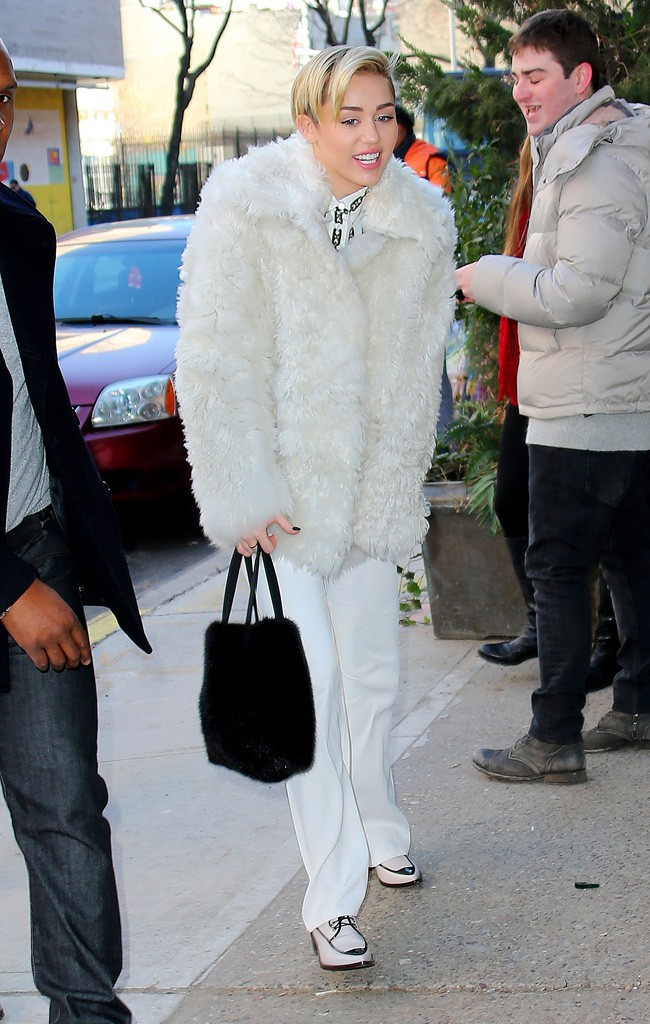 Miley Cyrus à New-York le 12 décembre 2013