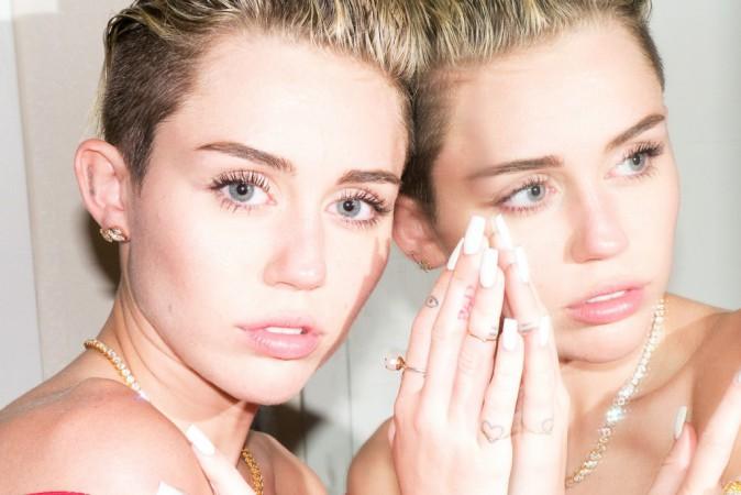 Miley Cyrus shootée par Terry Richardson