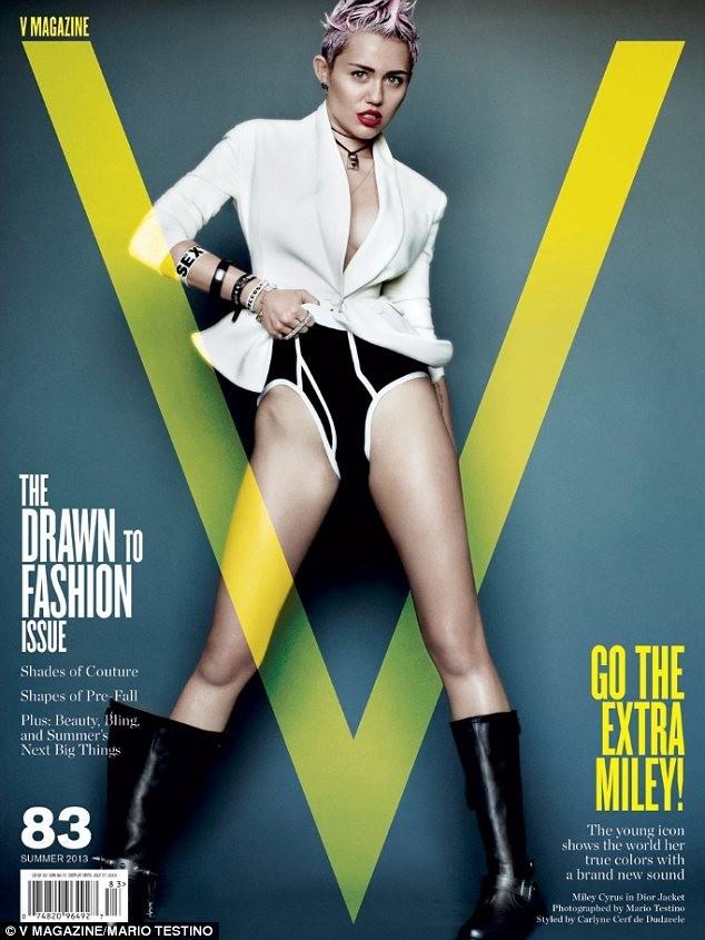 Miley Cyrus pour V Magazine édition Summer 2013.