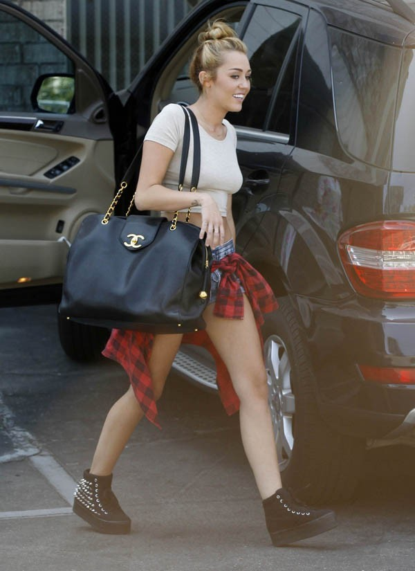 Miley Cyrus à Los Angeles le 21 juin 2012